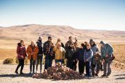 Grupo en una Apacheta