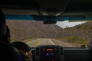 Manejando hacia la Quebrada